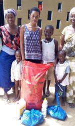 C'est la famille des soeurs Mintou et Amy Kounta (Natangué), et de Awa Hann (cem gouy mouride)